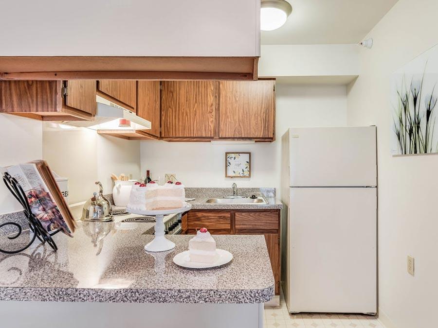 Westhaven Manor apartment kitchen